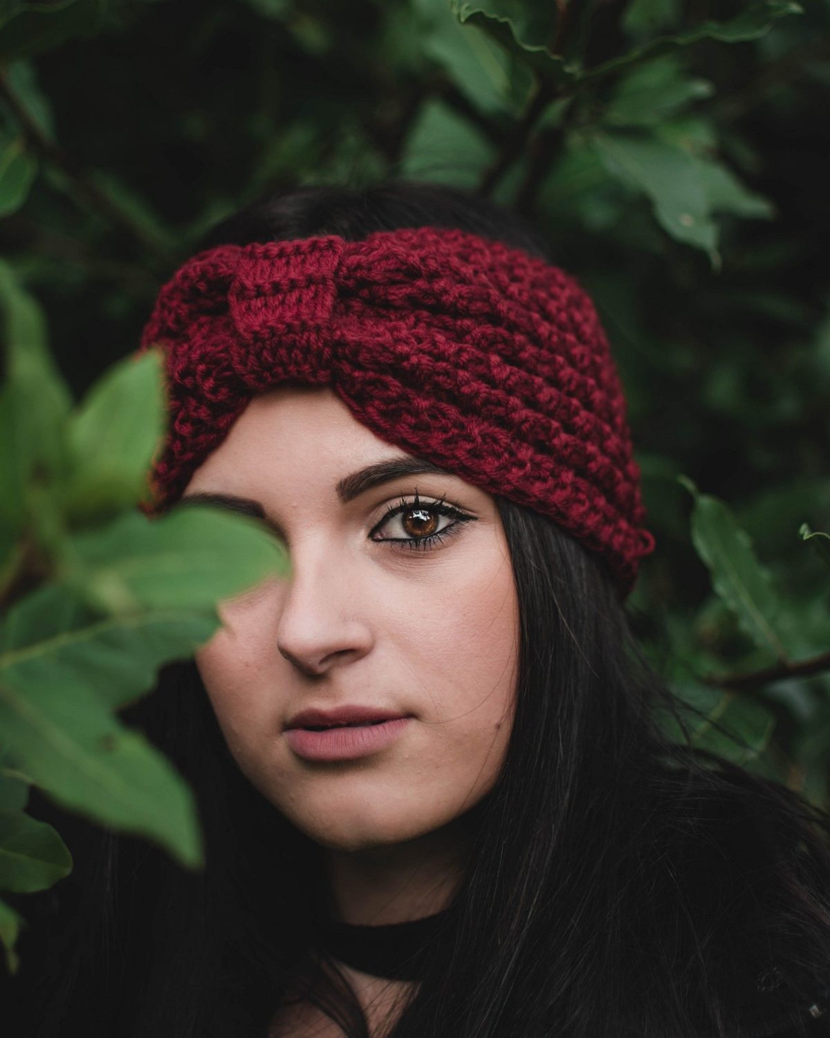 winter knit headband in dark red keeps warm and don't mess up hair
