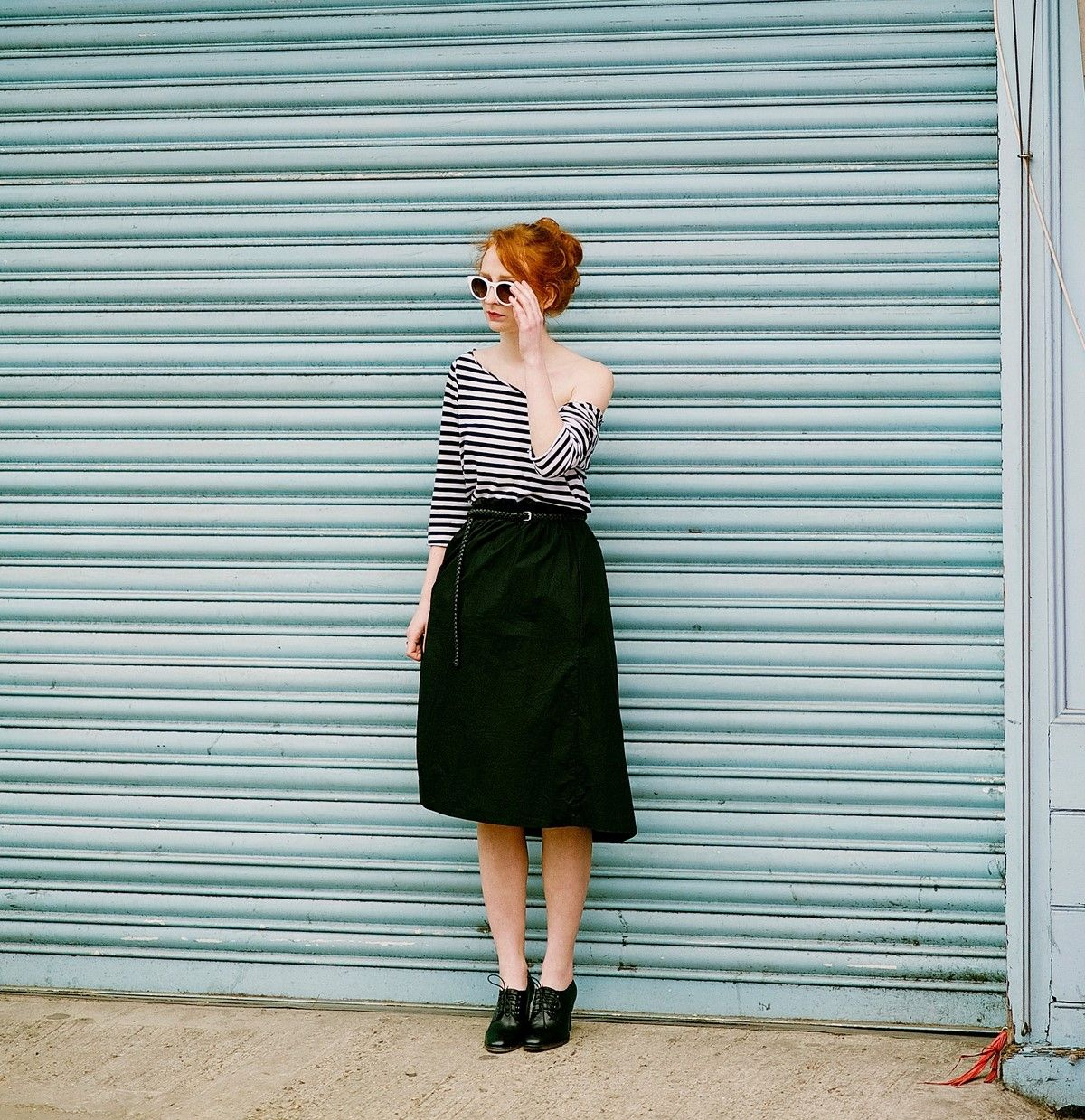 striped shirt outfit one shoulder with black skirt