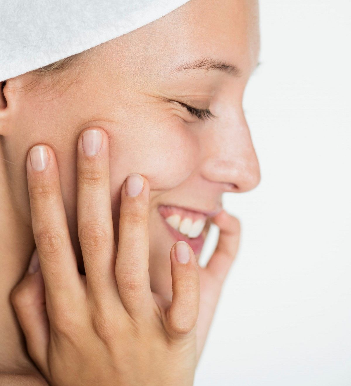 how to treat brittle nails at home with household remedies