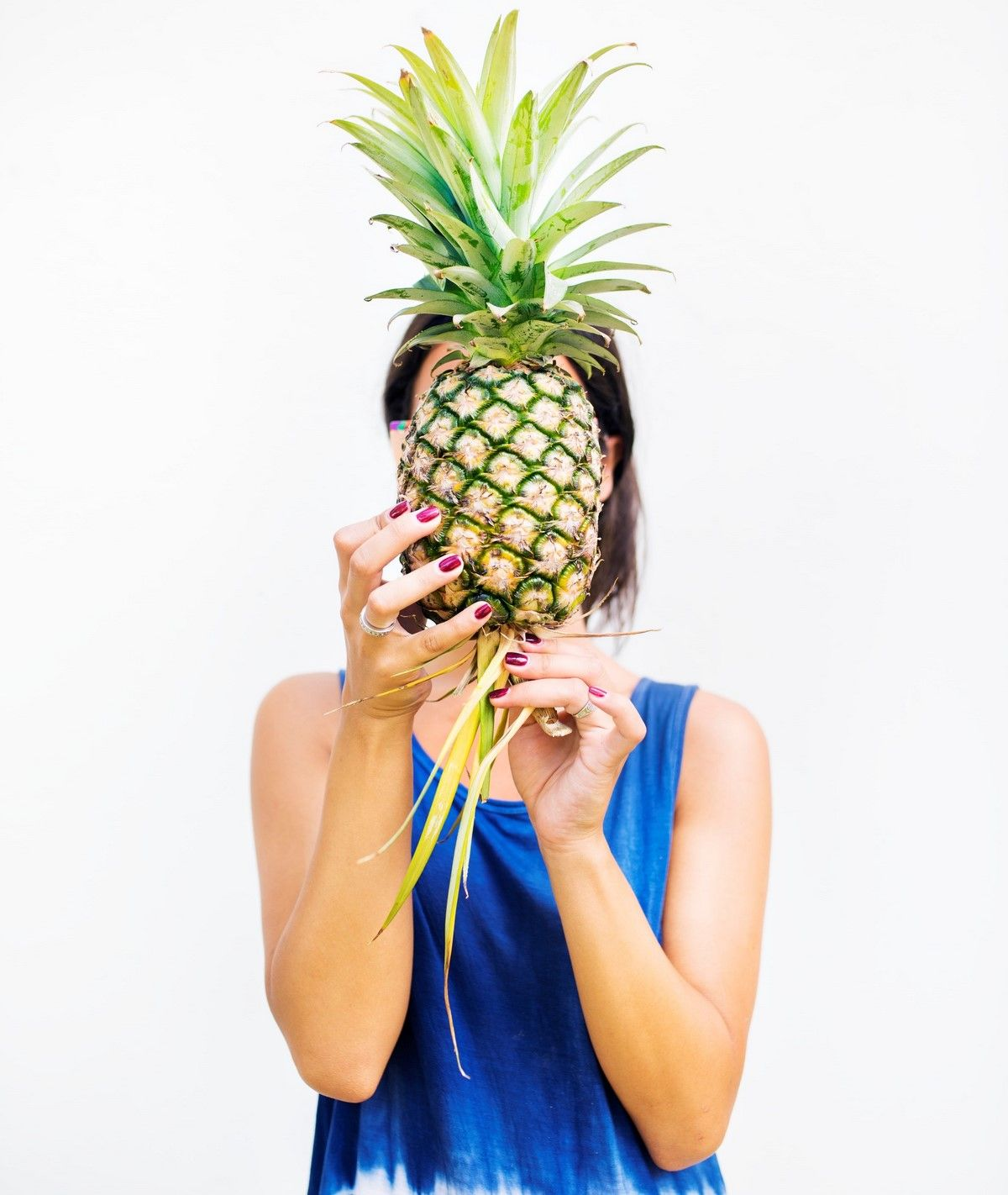 pineapple on skin benefits for glowing complexion and tight pores