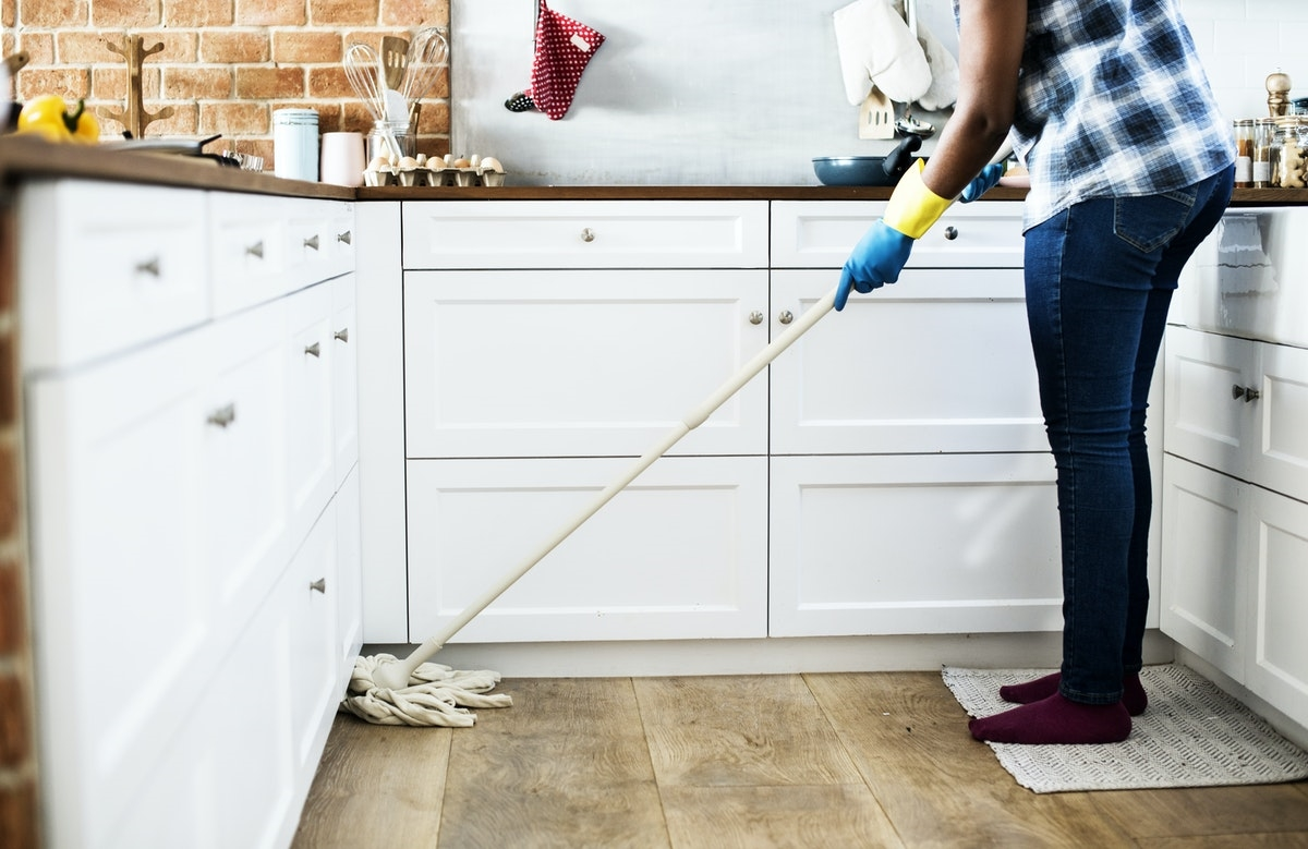 speed cleaning the house tips for mommies
