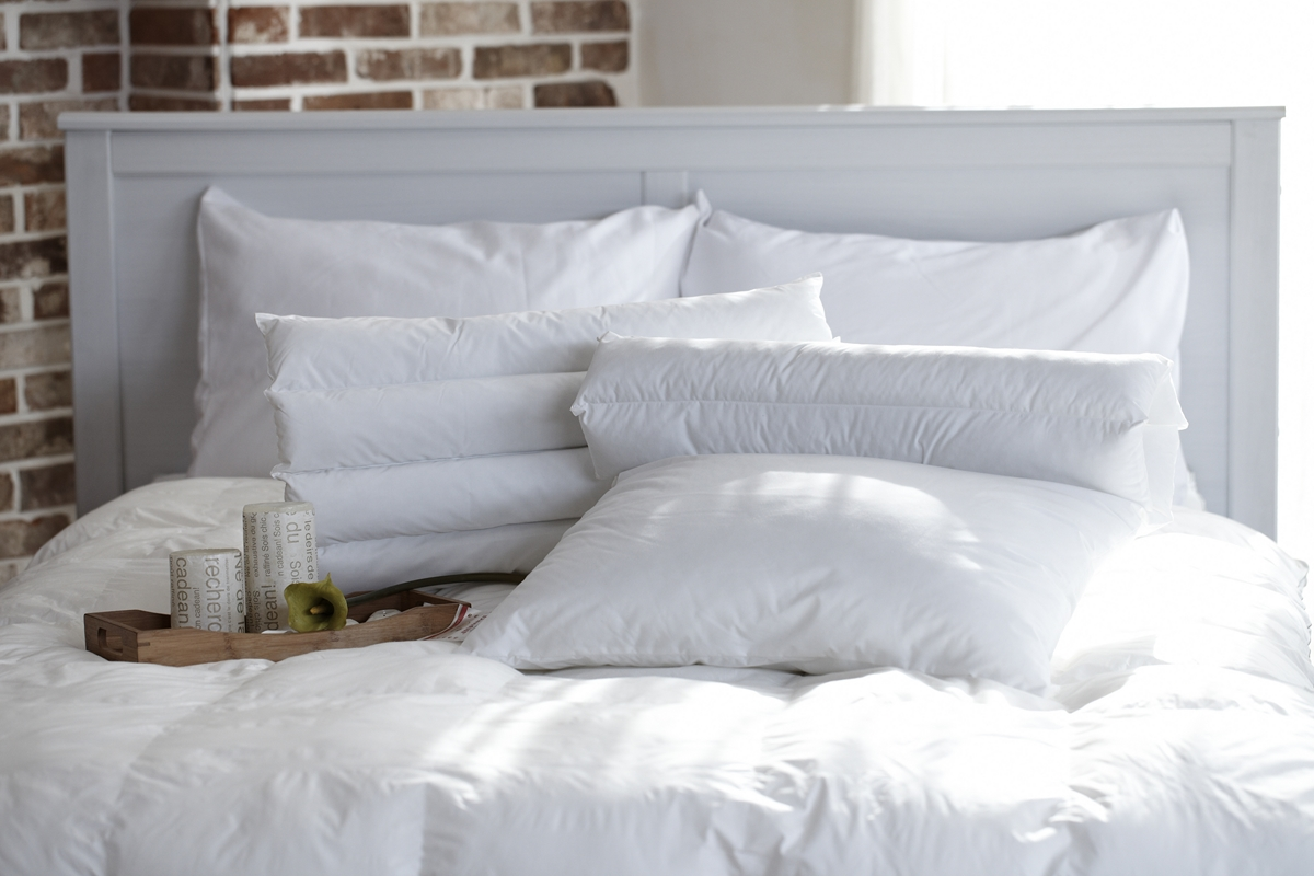 washing pillows depending on filling dawn feathers or microfibers